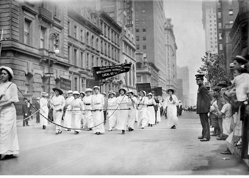 Women union workers marching in an American Labor Day parade, 1913