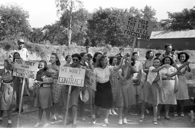Congress of Industrial Workers picketers in 1941 in Greensboro, Ga.